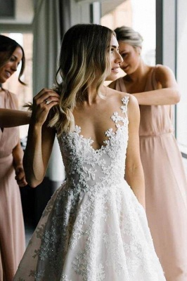 Women V Neck Sleeveless White Wedding Dresses With Lace Appliques_1
