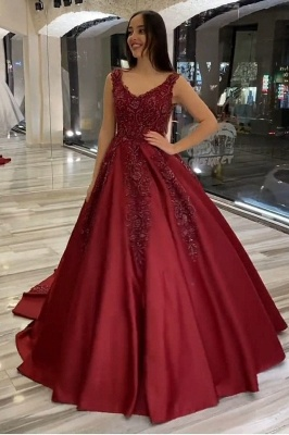Luxury V Neck Red Lace Wedding Dress With Sleeveless