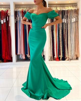 Gorgeous Off The Shoulder Green Lace Ruffles Mermaid Prom Dresses_4