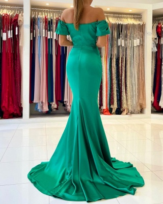 Gorgeous Off The Shoulder Green Lace Ruffles Mermaid Prom Dresses_5