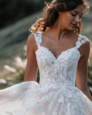 Gorgeous Sweetheart White Tulle Lace Backless  A-Line Wedding Dresses_3