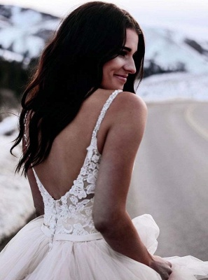 Appliques V-neck Spaghetti-Straps Attractive A-line Lace Wedding Dresses_3