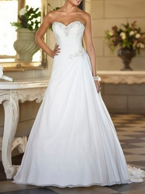 Formal A-Line Wedding Dress Strapless Tulle Strapless Plus Size Bridal Gowns Sweep Train