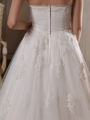 Princess A-Line Strapless Wedding Dress Scalloped-Edge Satin Tulle Sleeveless Bridal Gowns with Chapel Train_8