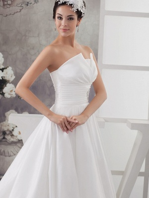 A-Line Wedding Dress Strapless Satin Strapless Bridal Gowns with Chapel Train_4