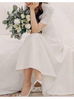 Vintage Plus Size A-Line Wedding Dress V-Neck Satin Short Sleeves Bridal Gowns with Sweep Train_2