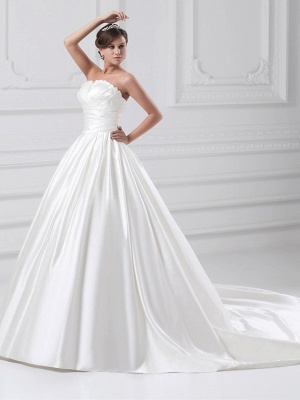 Plus Size Ball Gown Wedding Dress Strapless Satin Strapless Bridal Gowns with Court Train_2