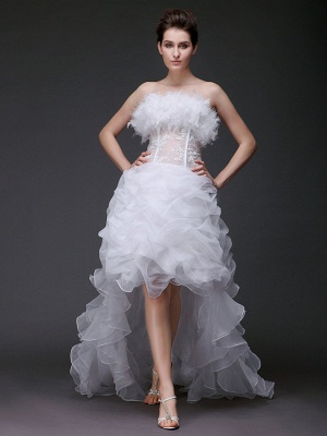 Asymmetrical Ball Gown Strapless Wedding Dress Organza Sleeveless Bridal Gowns with Sweep Train