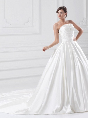 Plus Size Ball Gown Wedding Dress Strapless Satin Strapless Bridal Gowns with Court Train_3