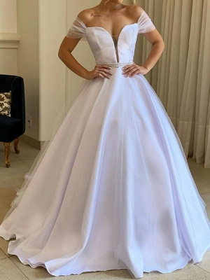 Country Plus Size A-Line Wedding Dress Off Shoulder Tulle Short Sleeve Bridal Gowns with Sweep Train