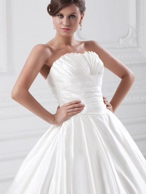Plus Size Ball Gown Wedding Dress Strapless Satin Strapless Bridal Gowns with Court Train_5