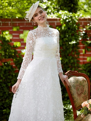 Illusion A-Line Wedding Dress Floral Lace Long Sleeve Bridal Gowns Court Train_9