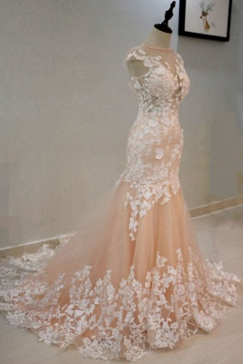 Luxury High Neck Rose Gold Prom Dress With Lace Appliques_3