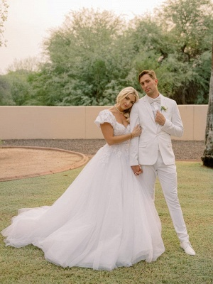 Elegant Short Sleeves White Long Wedding Dress With Lace Appliques_6