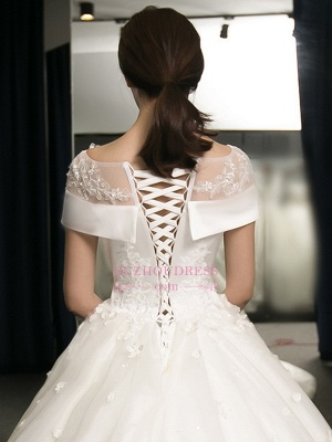 Puffy Lace-Applique Wedding Dresses 2020   Scoop Cap-Sleeves Exquisite Gowns_4