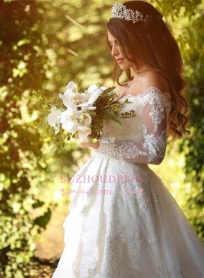 2020 Beautiful Lace Off-the-Shoulder Long-Sleeve Princess Wedding Dress_4