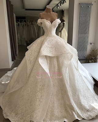 Beautiful Off-the-shoulder Ball-Gown Lace Wedding Dresses_3