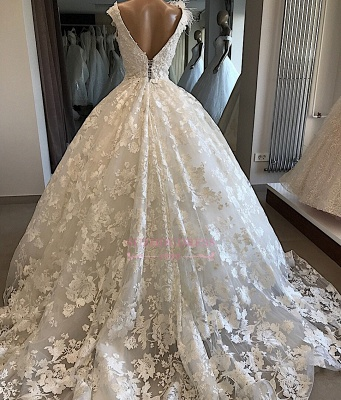 Ball-Gown Feathers Appliques Alluring V-neck Wedding Dresses_2