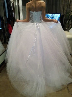 White A-Line Sweetheart Tulle Bridal Gown with Beadings Lace-Up Crystal Plus Size Wedding Dress_3